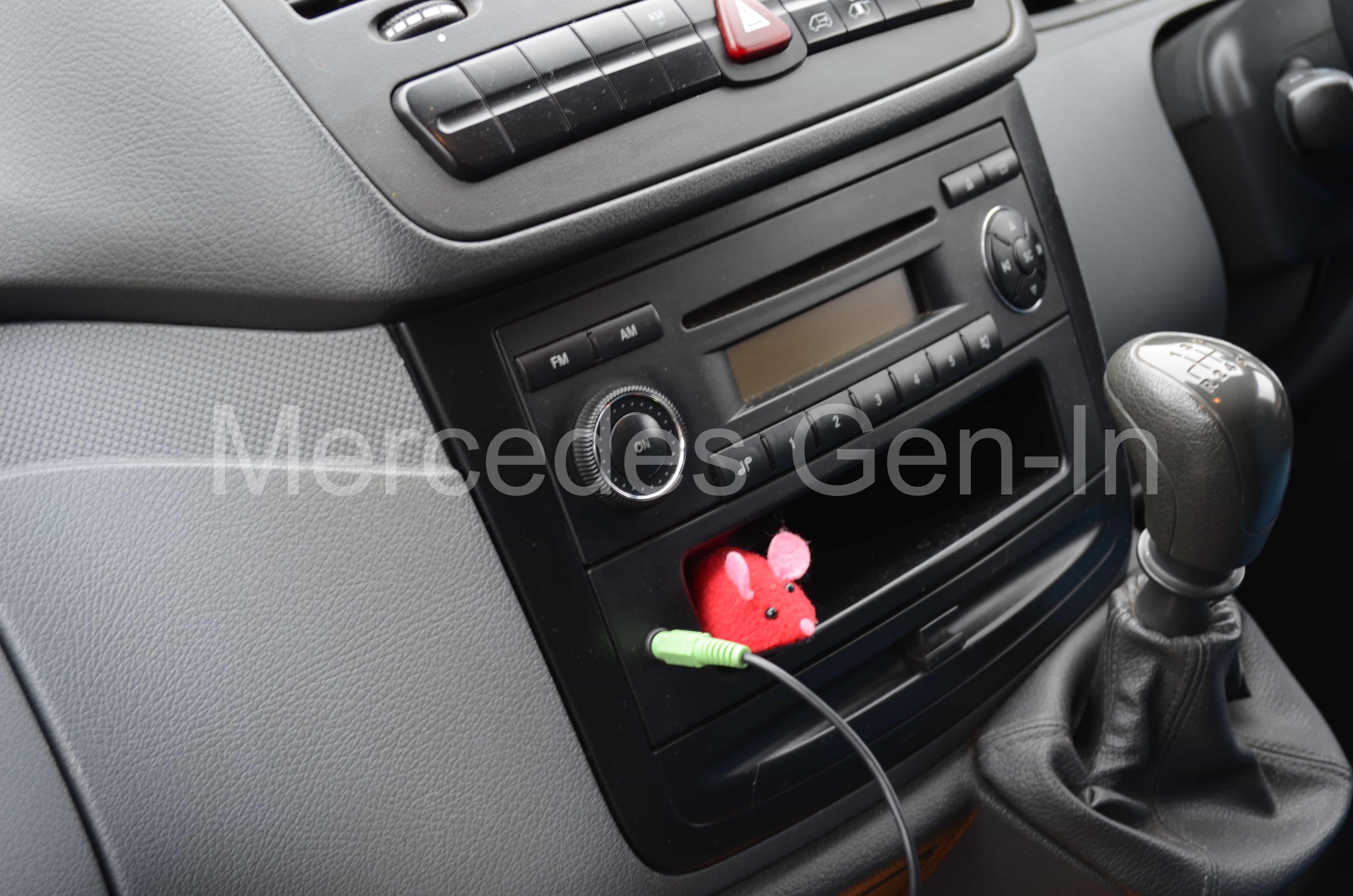 Vito Radio Aux Audio Installation Mercedes Gen In