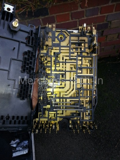 mercedes sprinter fuse box 2