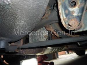 Differential Oil Change - Mercedes SL (R129) - Mercedes Gen-In