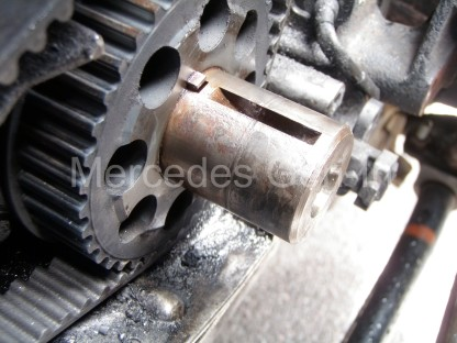 L200 Crankshaft Bolt Sheared 3