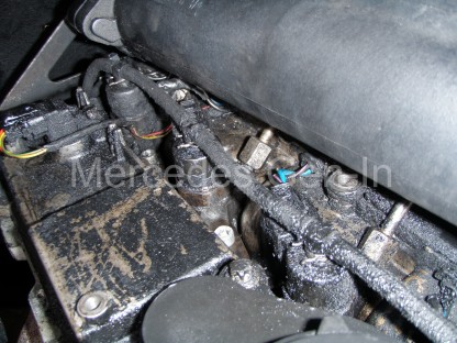Mercedes Diesel Injector Removal and Fitting 1
