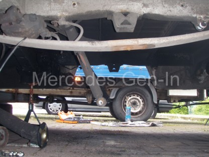Sprinter Axle Replacement 8