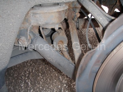 Mercedes C200 Rear damper problem 2