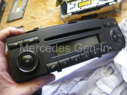 Mercedes Sound 5 Radio Repair 14
