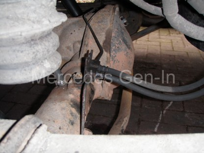 Ford Transit Twin Wheel Rear Axle Replacement - 8