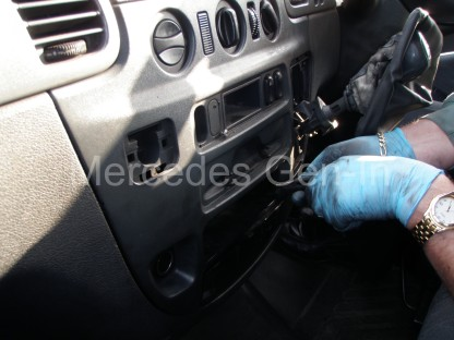 Mercedes Sprinter Gear Selector Cable Replacement 1