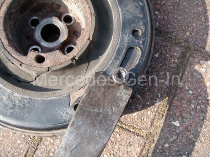 Volkswagen VW Crafter CR35 Crank Shaft Pulley Replacement 9