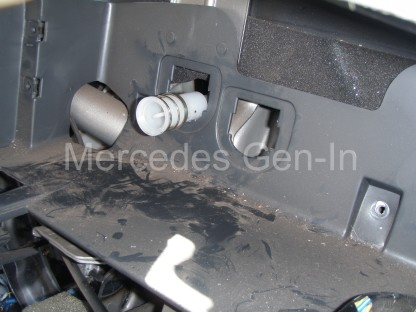 Mitsubishi L200 Heater Matrix replacement 13