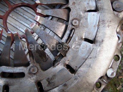 Mercedes clutch SAC adjustment ring spring set position