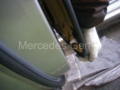 Mercedes SLK Central Locking Fix 8