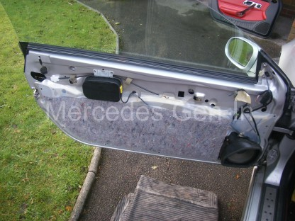 Mercedes SLK Central Locking Fix 12