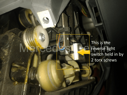 Mercedes Vito W639 Reverse Lamp Switch Adjustment 5