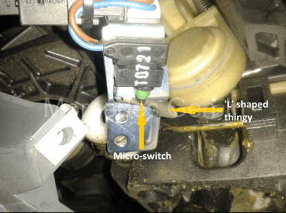 Mercedes Vito W639 Reverse Lamp Switch Adjustment 7