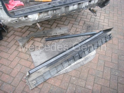 Mercedes Sprinter rear foot step repair 1