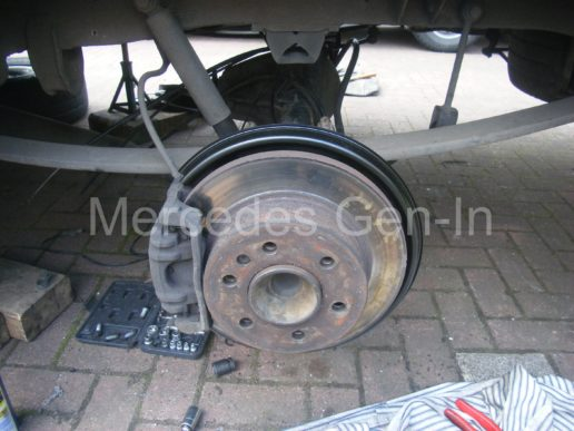 Mercedes rear axle replacement 9