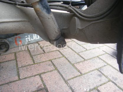 Mercedes Vito W639 Rear Spring Replacement 3