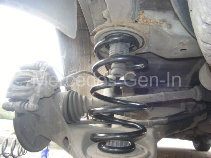 Mercedes Vito W639 Rear Spring Replacement 1